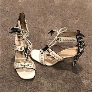 Sandals / Heels